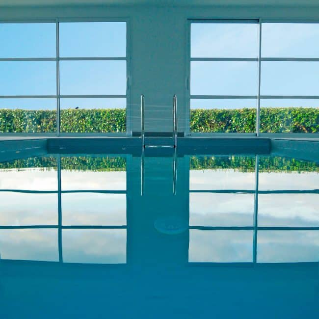 La villa avec la piscine chauffée