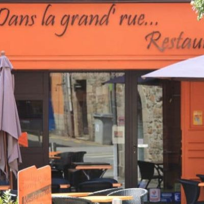 Le Restaurent dans a grande rue à Saint Pol de Léon